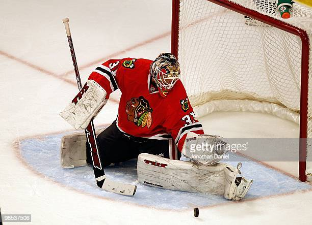 Antti Niemi of the Chicago Blackhawks stops a shot in the third period against the Nashville Predators in Game Two of the Western Conference...