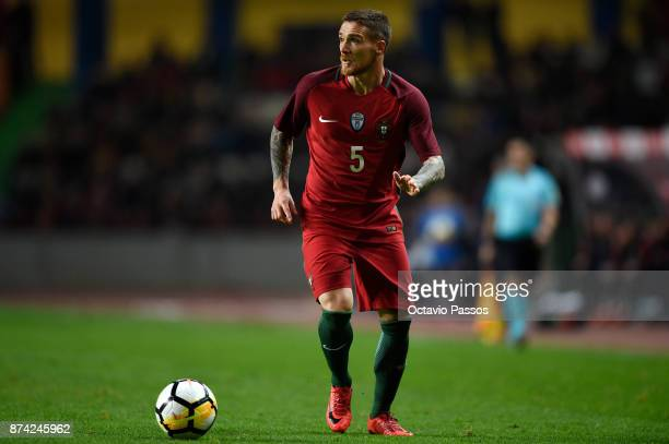 Antunes of Portugal in action during the International Friendly match between Portugal and USA at Estadio Municipal Leiria on November 14 2017 in...