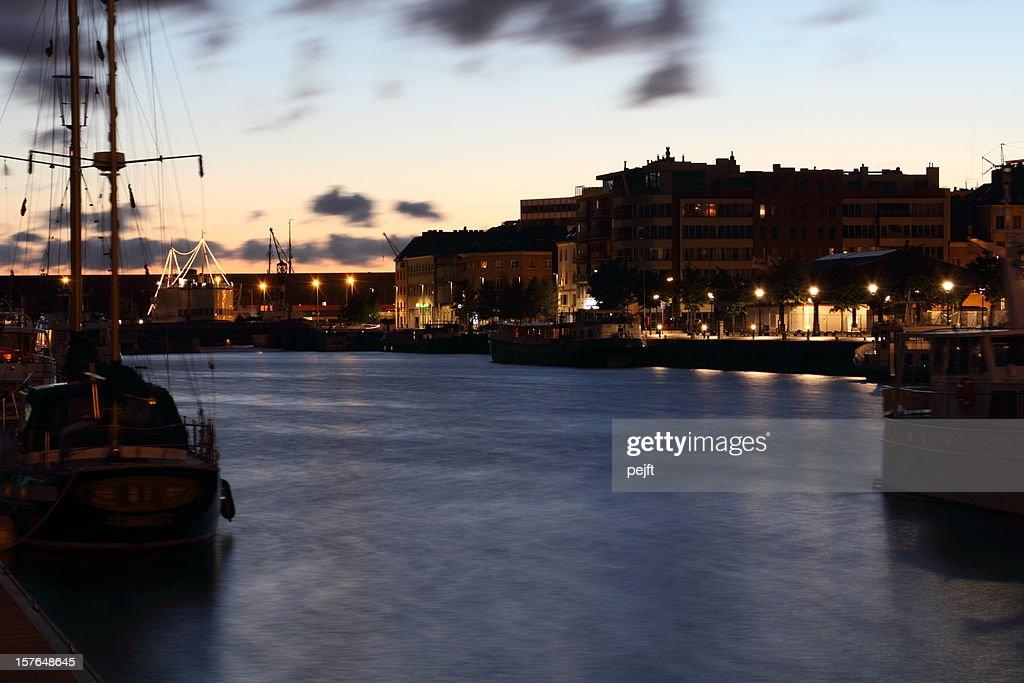 Antuérpia harbour à noite : Foto de stock