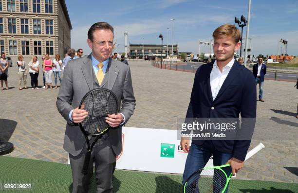 Antwerp Mayor Bart DE WEVER and David GOFFIN during a exhibition game in the Havenhuis in marge of a press conference on the upcoming ATP 250...