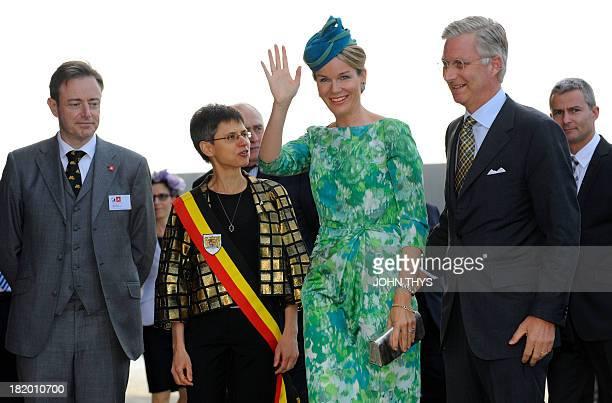"""Antwerp mayor Bart De Wever, Antwerp province governor Cathy Berx, Queen Mathilde of Belgium and King Philippe of Belgium arrive for the """"Joyous..."""