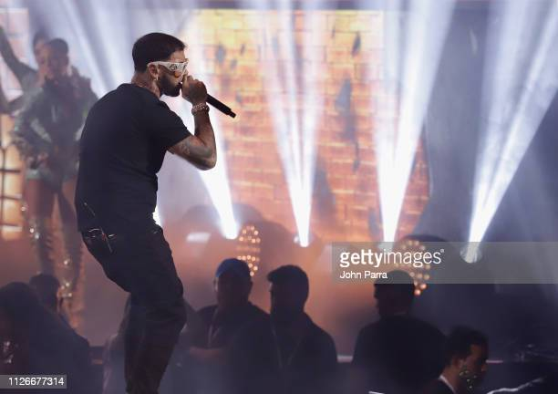 Anuel AA performs on stage at Univision's 31st Edition Of Premio Lo Nuestro A La Musica Latin at American Airlines Arena on February 21 2019 in Miami...