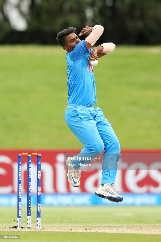 Anukul Roy of India bowls during the ICC U19 Cricket World Cup match between India and Papua New Guinea at Bay Oval on January 16, 2018 in Tauranga, New Zealand.