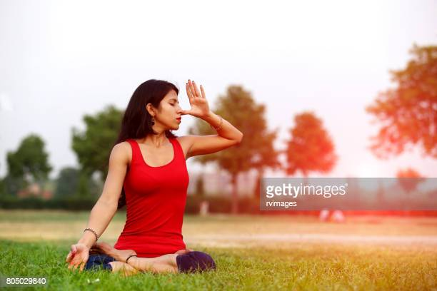 anulom vilom (yoga posture) - yoga stock pictures, royalty-free photos & images