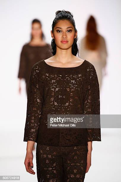 Anuthida Ploypetch walks the runway at the Riani show during the MercedesBenz Fashion Week Berlin Autumn/Winter 2016 at Brandenburg Gate on January...