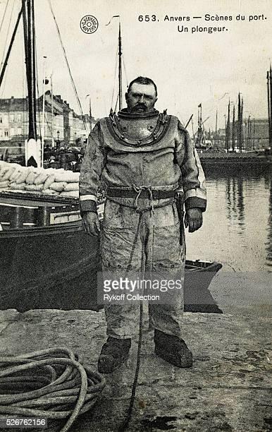 653 Anvers Scenes du Port Un plongeur