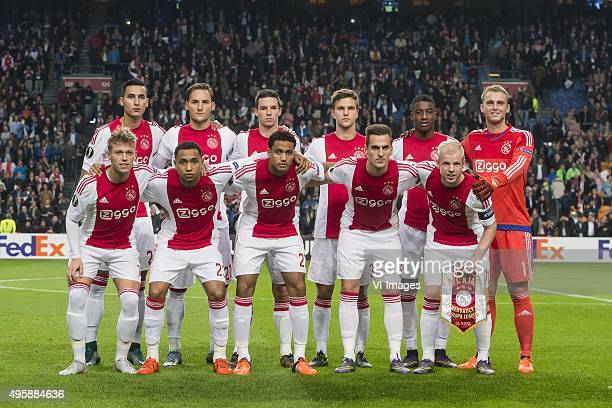 Anwar el Ghazi of Ajax Nemanja Gudelj of Ajax Nick Viergever of Ajax Joel Veltman of Ajax Riechedly Bazoer of Ajax Goalkeeper Jasper Cillessen of...