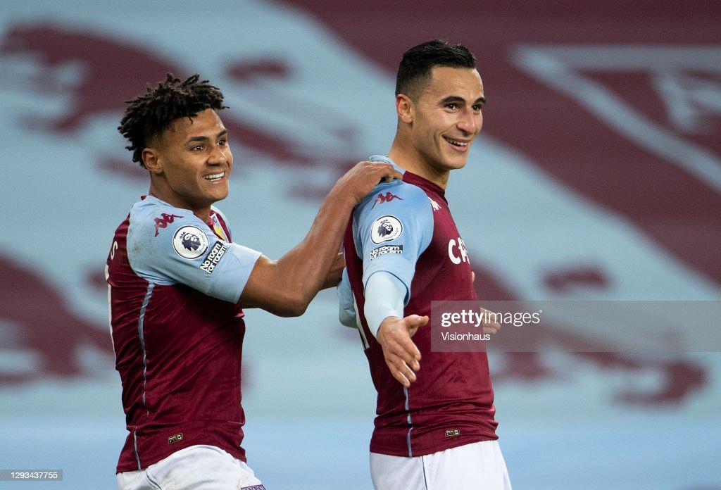 Aston Villa v Crystal Palace - Premier League : ニュース写真