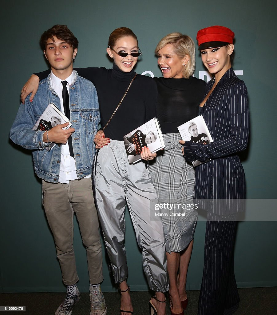 Anwar Hadid, Gigi Hadid, Yolanda Hadid and Bella Hadid attend the book signing of Yolanda Hadid's new book 'Believe Me: My Battle with the Invisible Disability of Lyme Disease' at Barnes & Noble Tribeca on September 13, 2017 in New York City.
