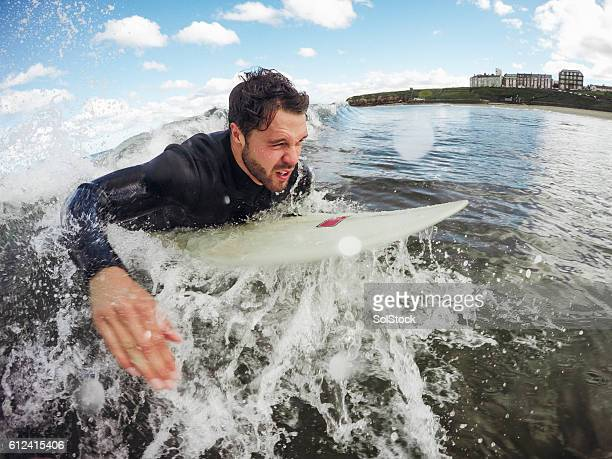 any surf is good surf! - paddling stock pictures, royalty-free photos & images