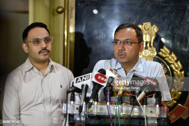 Anyesh Roy DCP cyber cell addresses media after the arrest of two cheaters who traded in Bitcoins at Police Headquarters on April 21 2018 in New...