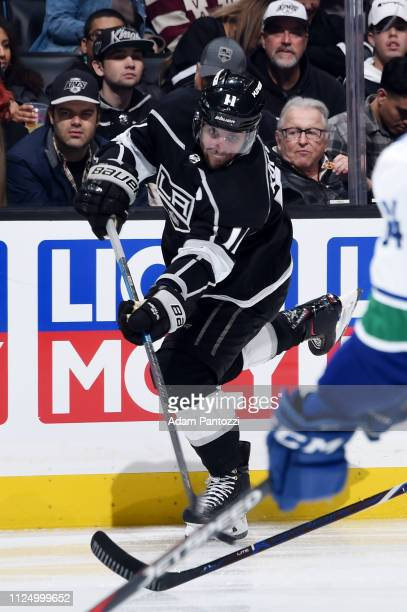 Anze Kopitar of the Los Angeles Kings shoots the puck during the third period of the game against the Vancouver Canucks at STAPLES Center on February...