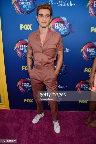 Apa attends FOX's Teen Choice Awards at The Forum on August 12 2018 in Inglewood California