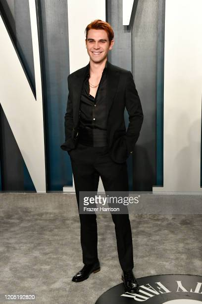 Apa attends the 2020 Vanity Fair Oscar Party hosted by Radhika Jones at Wallis Annenberg Center for the Performing Arts on February 09 2020 in...