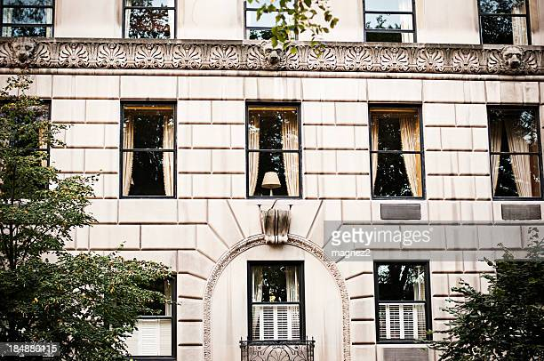 マンハッタンでの建物 - アッパーイーストサイドマンハッタン ストックフォトと画像