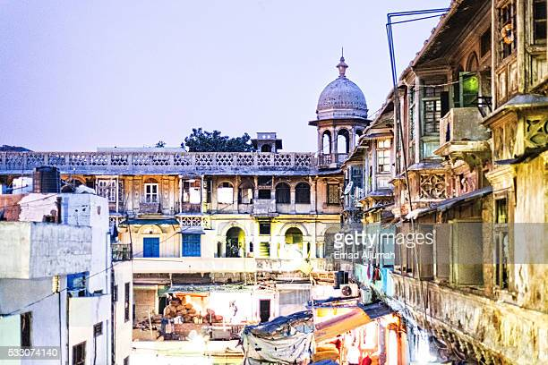 apartments at the back of Fatehpuri Masjid located at the western end of the oldest street of Delhi, Chandni Chowk