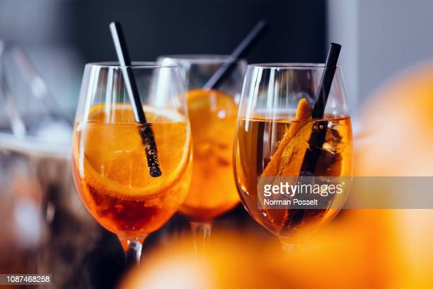aperitif spritz drinks - liqueur stock pictures, royalty-free photos & images