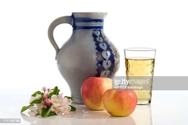 Apfelwein, Aeppler, traditionelle Hassia Cider, Bembel