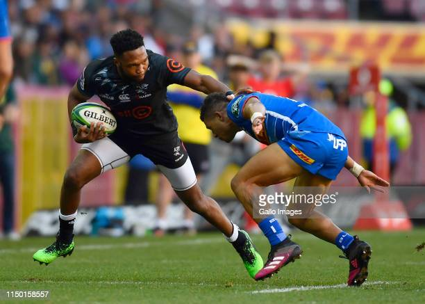 Aphelele Fassi of The Sharks and Edwill van der Merwe of the Stormers during the Super Rugby match between DHL Stormers and Cell C Sharks at DHL...