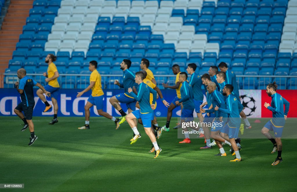 Apoel Nikosia players warm-up during the team training session ahead of the UEFA Champions League group H match between Real Madrid and APOEL Nikosia at Estadio Santiago Bernabeu on September 12, 2017 in Madrid, Spain.