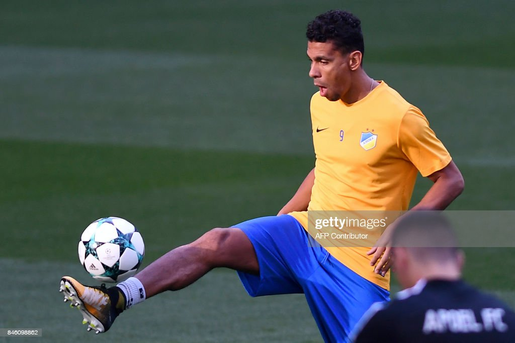 Apoel's forward from Belgium Igor de Camargo controls the ball during a training session at the Santiago Bernabeu stadium in Madrid on September 12, 2017 on the eve of the UEFA Champions League football match Real Madrid CF vs Apoel FC. /