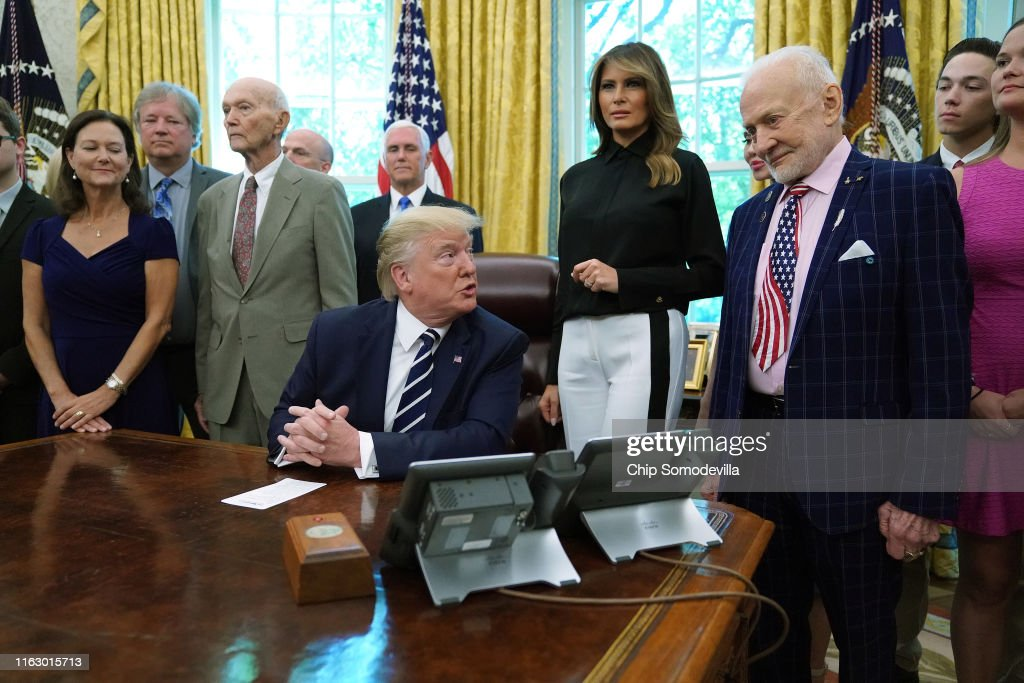 President Trump And First Lady Melania Commemorate The 50th Anniversary Of The Apollo 11 Moon Landing : News Photo