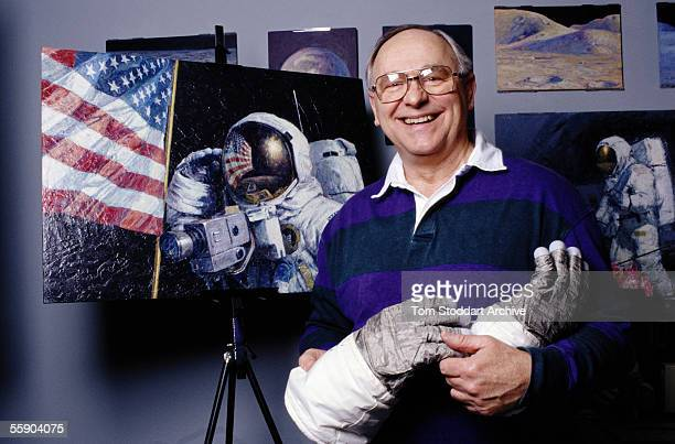 Apollo 16 astronaut Alan Bean now an artist who paints scenes from space photographed in his studio