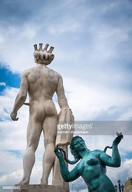 apollo faces place massena - dieux grecs photos et images de collection