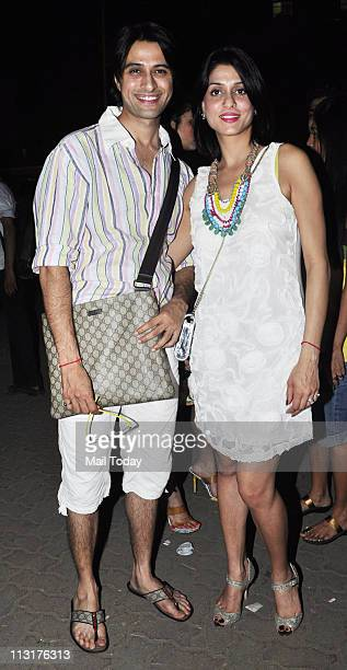Apoorva Agnihotri with wife Shilpa Saklani Agnihotri at Kushal Punjabi's birthday bash at Andheri Mumbai on April 25 2011