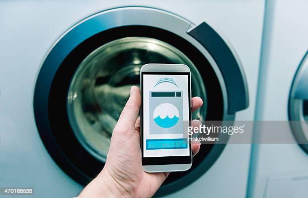 App no telefone controlos máquina de lavar roupa em Casa