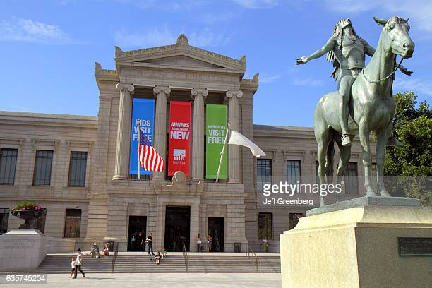 Appeal to the Great Spirit 1909 equestrian statue by Cyrus Dallin outside the Museum of Fine Arts