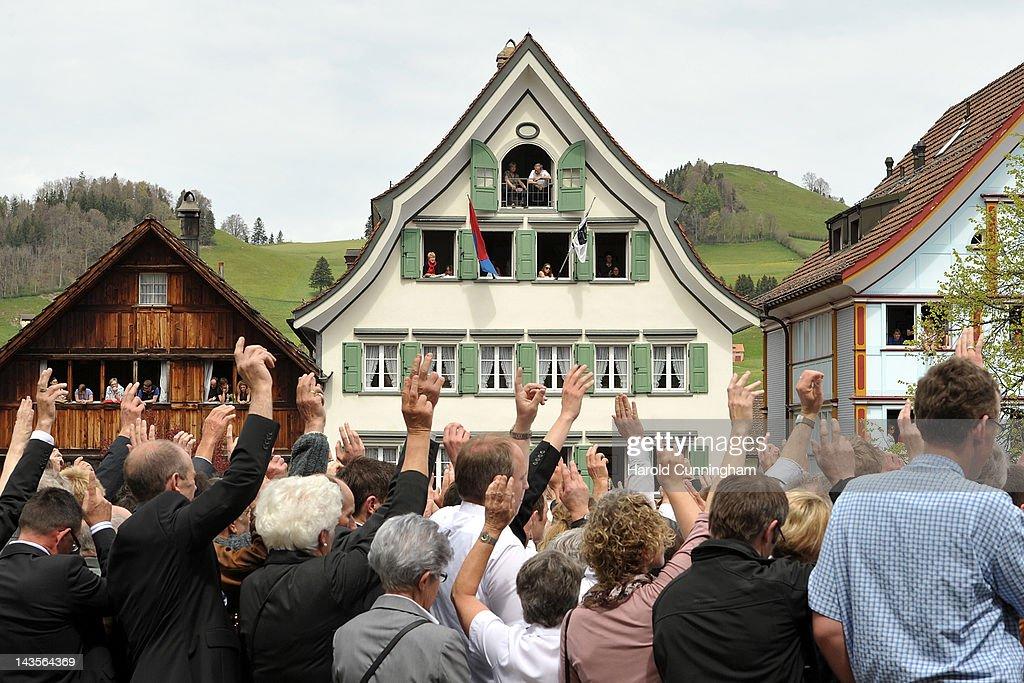 People Vote During A Landsgemeinde : News Photo