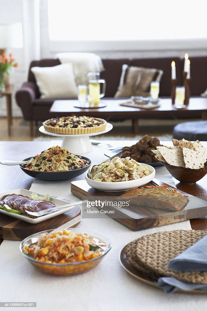 Appetizers on dining table : Stockfoto
