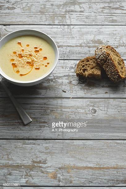 Apple and celeriac soup