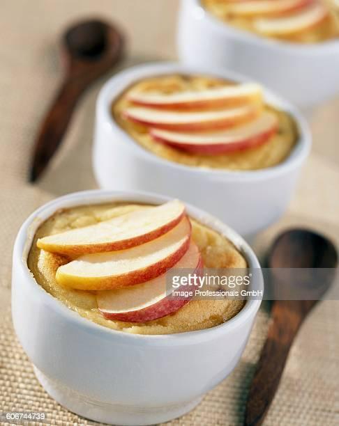 Apple and rhum flan