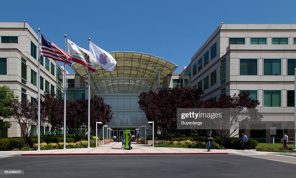Apple Campus, Cupertino, California News Photo - Getty Images