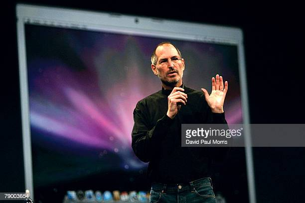 Apple CEO and co-founder Steve Jobs delivers the keynote speech to kick off the 2008 Macworld at the Moscone Center January 15, 2008 in San...