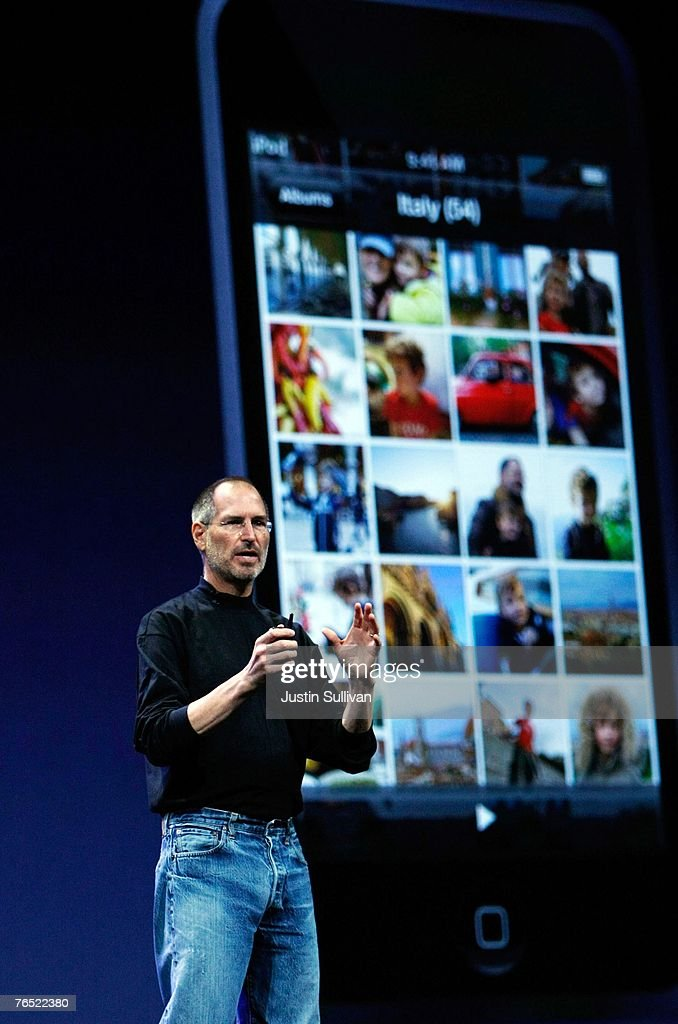 Apple CEO Steve Jobs introduces the new iPod Touch during an Apple Special event September 5, 2007 in San Francisco, California. Jobs announced a new generation of iPods.