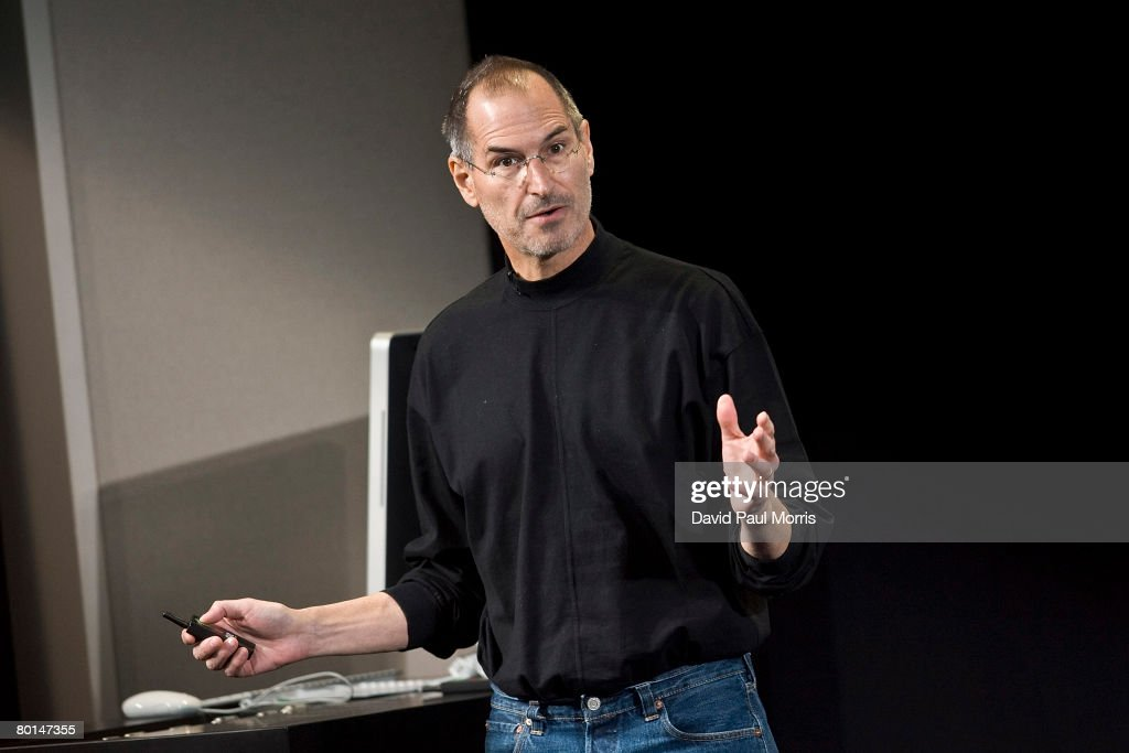 Apple Unveils iPhone Software Developers Kit : News Photo