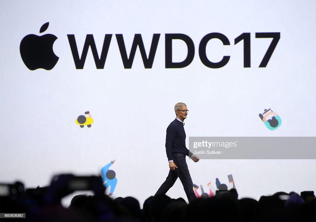 Keynote Address Opens Apple Worldwide Developers Conference : Fotografía de noticias