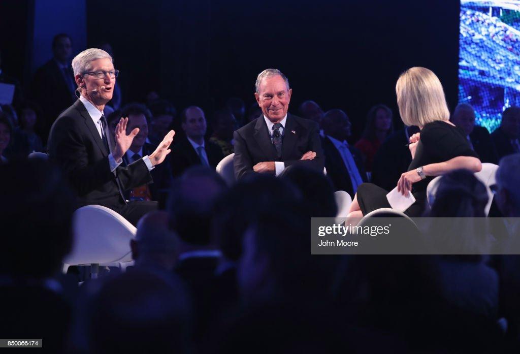 Bloomberg Global Business Forum Held In New York : News Photo