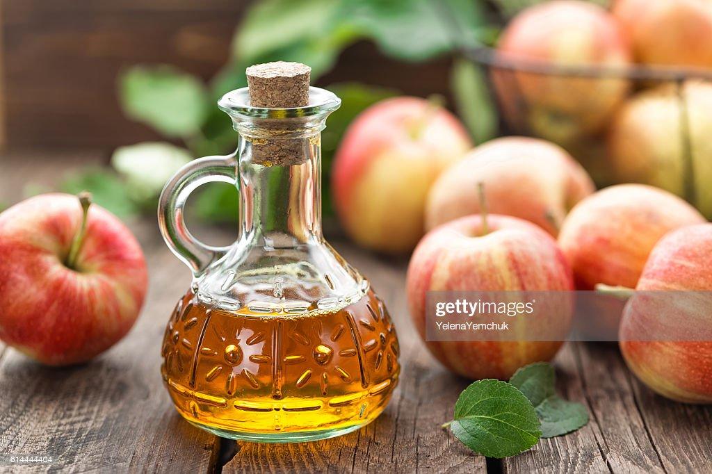 apple cider vinegar : Stock Photo