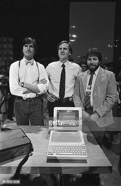 Apple Computer triggered the second blast of its twobarrel 1984 attack on the personal computing market with the introduction of a new portable...