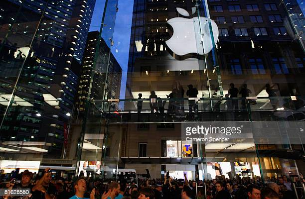 Apple customers are welcomed by staff during the official opening of the new Sydney Apple Store on June 19 2008 in Sydney Australia The new $AUD 15...