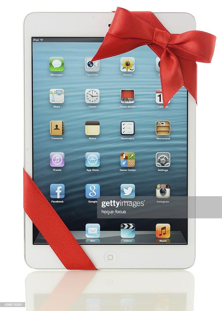 Apple iPad Mini gift : Stock Photo