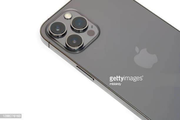 アップルのiphone 12プロマックス、白い背景に隔離 - iphone 12 ストックフォトと画像