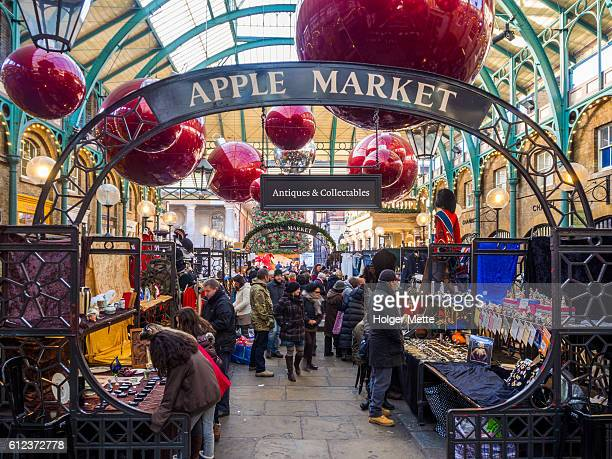 apple market in london, united kingdom - covent garden - fotografias e filmes do acervo
