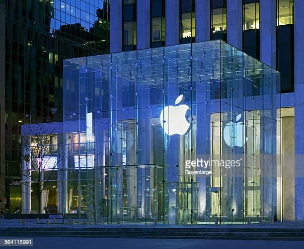 Apple Store 5th Avenue New York New York