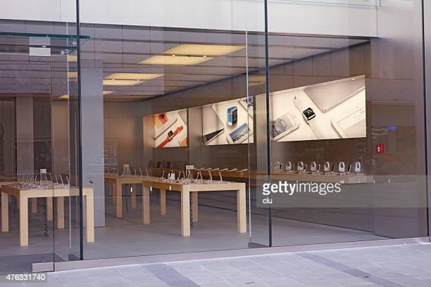 apple store frente na munic - loja da apple - fotografias e filmes do acervo