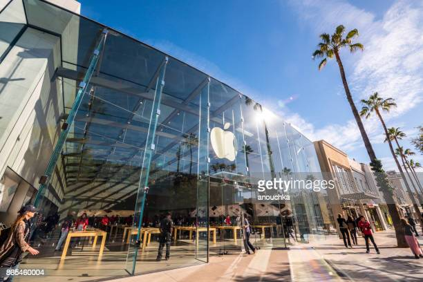 apple store on third street promenade, santa monica, usa - apple event stock photos and pictures